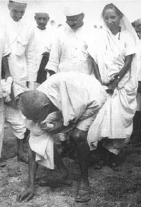Mahatma Gandhi broke salt law